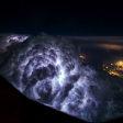 Indrukwekkende luchtfoto's vanuit de cockpit door Nederlandse piloot