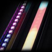 Een foto als canvas, de pixelstick als kwast met verf  © pixelstick, led, lightpainting