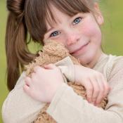 Scherpte voor beginners © portret, kind, knuffel