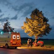 Het werk van de 112-fotograaf - Ramptoerist of journalist? © ongeval, avond, ambulance