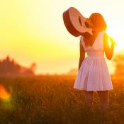 Compositie voor beginners © meisje, portret, gitaar, zonsondergang